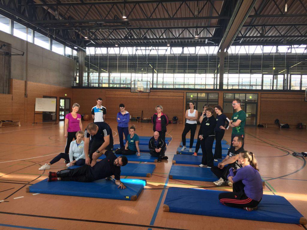 In Aktion, Core Training (Foto: Daniel Würpel)